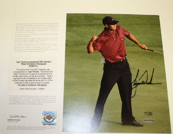 Tiger Woods UDA Autographed 8x10 Photo - 2001 Masters Win