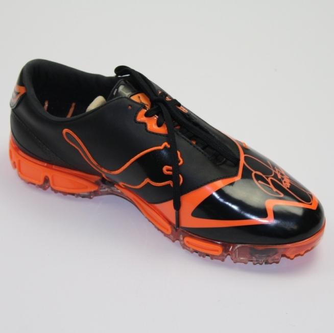 1a54d9c1a7a5ba ... Rickie Fowler Signed PUMA Squill Soft Spike Orange Black Golf Shoe  PSA DNA ...