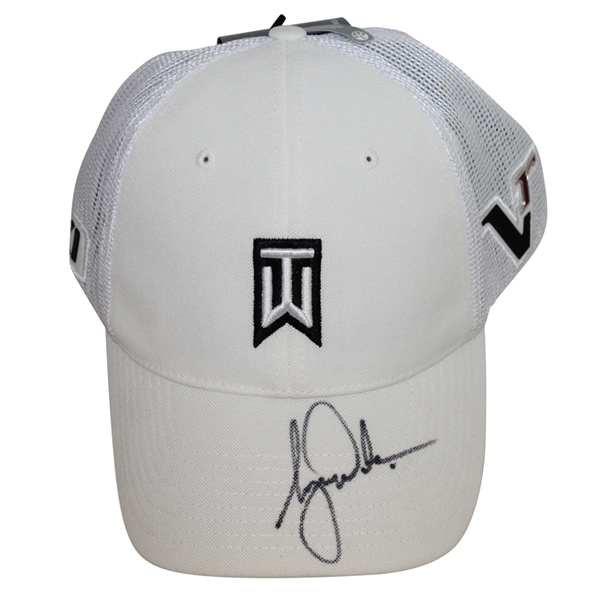 Tiger Woods Signed White Nike TW Hat Beckett COA #A09702