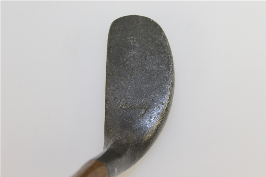 Huntly Putter with Unique Thumb Groove Grip - Pat 165,384 1920