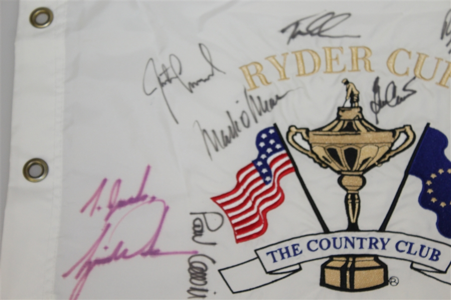 1999 Ryder Cup 'Battle at Brookline' Flag Signed by 11 US & 2 Euros W/Tiger JSA ALOA