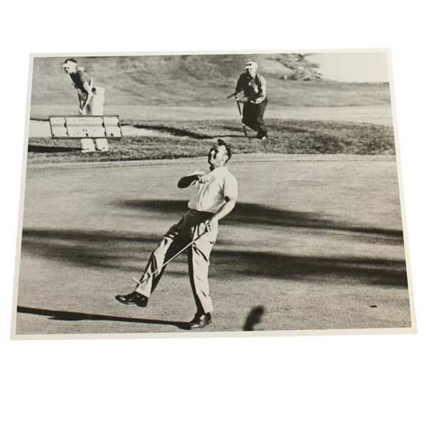 USGA Stamped Arnold Palmer Photo At the 1960 US Open - Cherry Hills Country Club