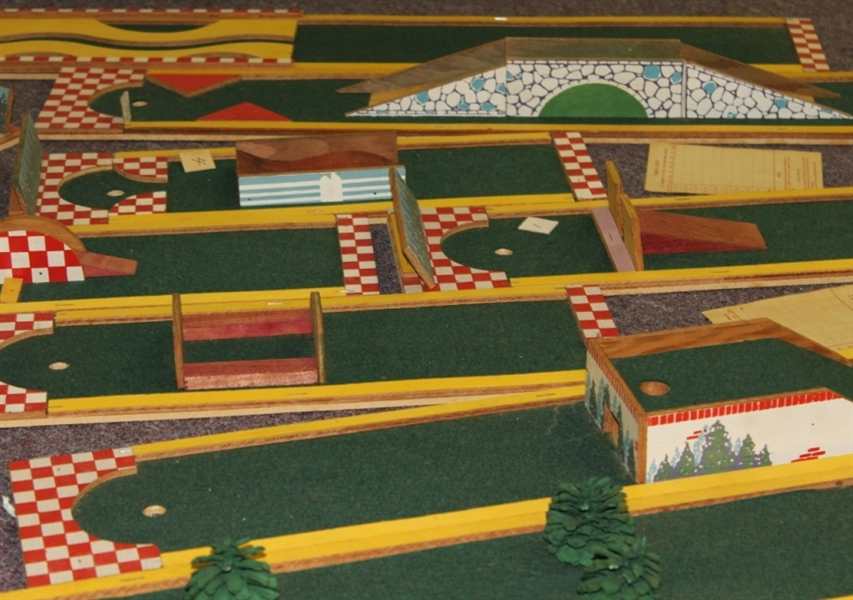 Early 20th Century Vintage Table Golf Game 'A Fascinating Game of 9 Holes' - E.V. Babbitt Co. Inc - MUSEUM CONDITION!