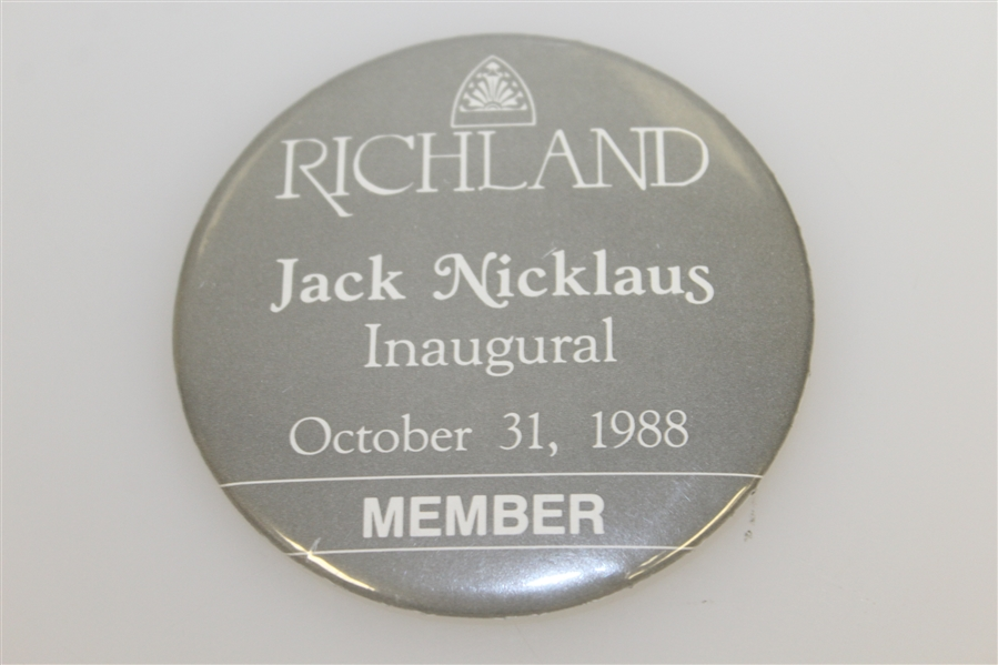 Jack Nicklaus Richland Inaugural 1988 Member Badge & 1995 'Jack is Back' Parking Pass