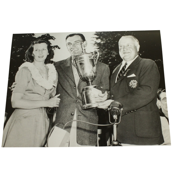 Ben & Valerie Hogan - 1950 US Open Trophy at Merion USGA Stamped 8x10 B&W Photo