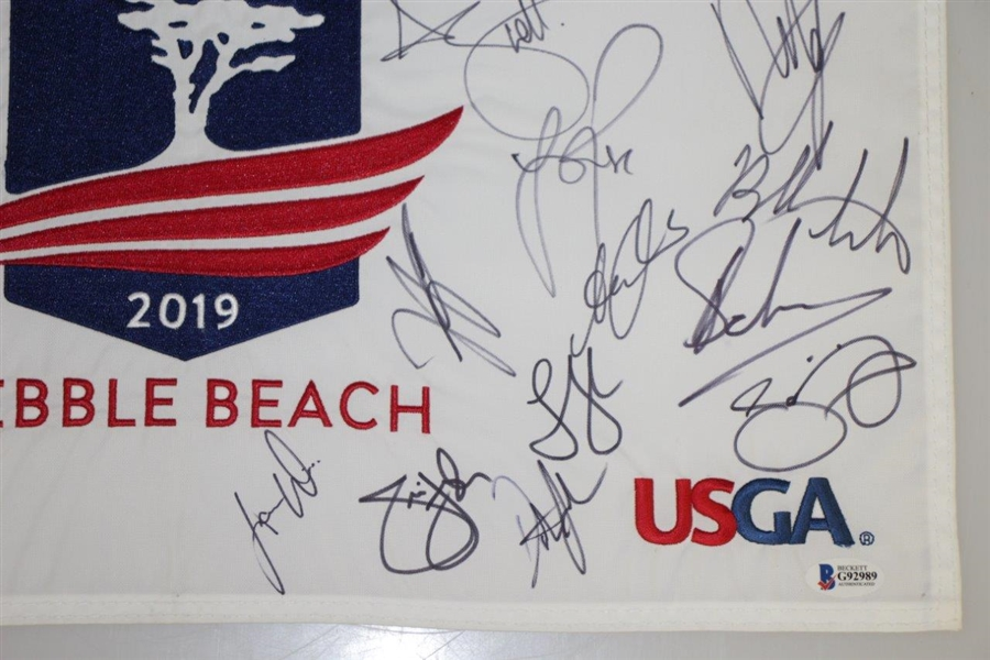 2019 US Open at Pebble Beach Field Signed Flag w/ Gary Woodland Beckett #G92989