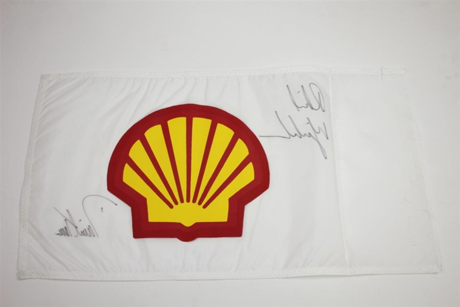 Phil Mickelson vs. David Toms Shells Wonderful World of Golf Course Flown Flag JSA ALOA
