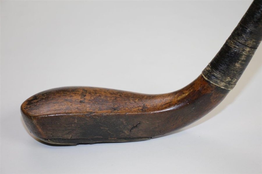 Hugh Philp Putter (Circa 1830) with Notches on Shaft