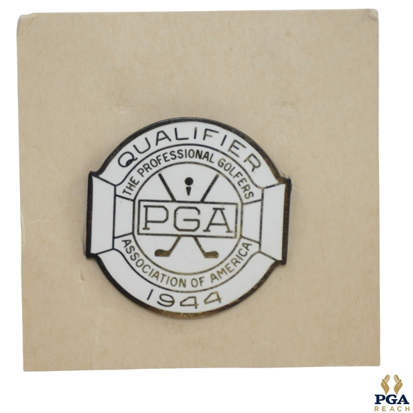 1944 PGA Championship at Manito G&CC Contestant Badge - Bob Hamilton Winner