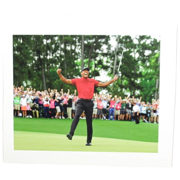 Tiger Woods Victorious Yell at 2019 Masters Tournament 16x20 Photo