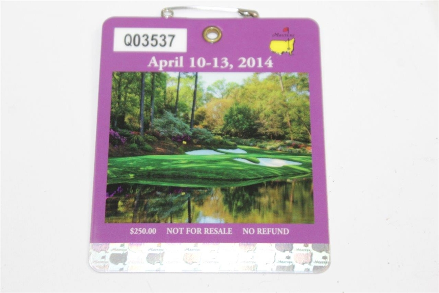 2014 Masters Embroidered Flag with SERIES 2014 Masters Badge #Q03537
