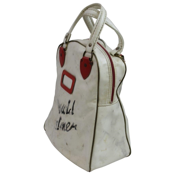 Arnold Palmer's Personal Classic Red/White Wilson Shag Bag with Letter