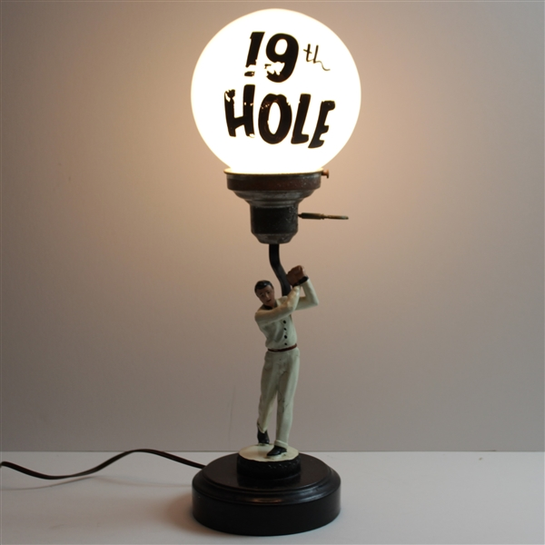 Vintage Circa 1960's 19th Hole Golfer Themed Table/Bar Lamp - Works!