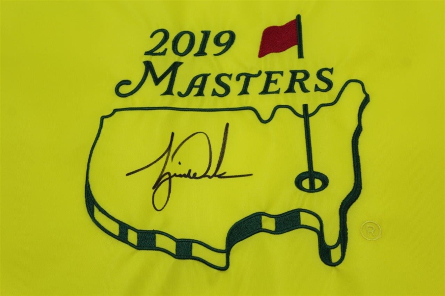 Tiger Woods Signed Ltd Ed 2019 Masters Embroidered 596/1000 Flag #BAM164581 with Box